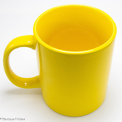 MUG jaune Filitosa IX côté haut